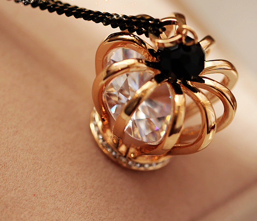 Fashion exquisite necklace