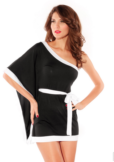 Unilateral big mouth black sleeves Drawstring waist dress