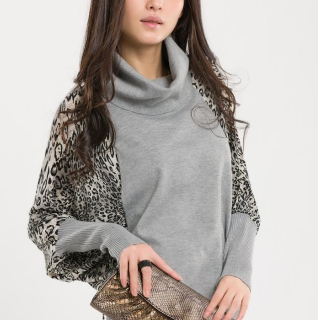 Fashion Women Leopard bat sweater bottoming shirt long sleeve shirt(Lapel)
